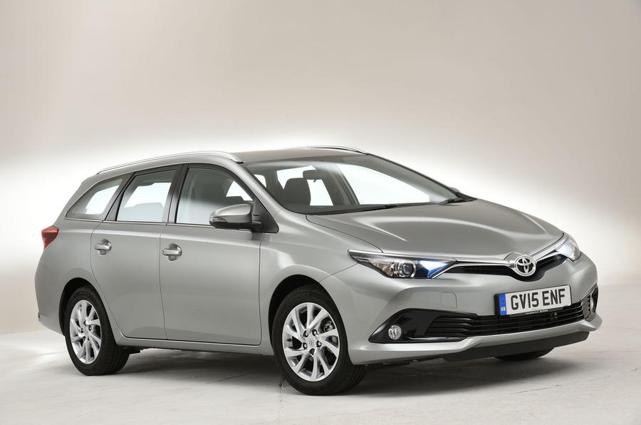 3.5 star Toyota Auris Touring Sports
