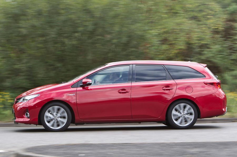 2017 toyota avensis review what car 2017   2018 best