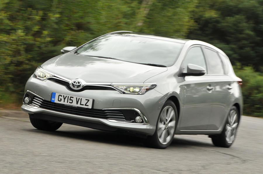 Toyota Auris ...