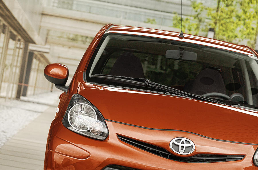 Toyota Aygo headlight