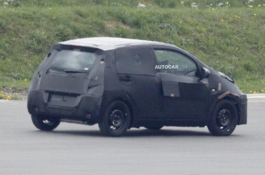New Toyota Aygo raises to tackle Volkwagen Up