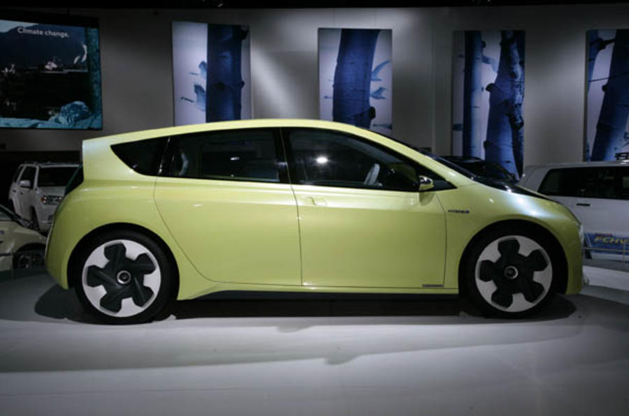 Toyota plans new Prius variants