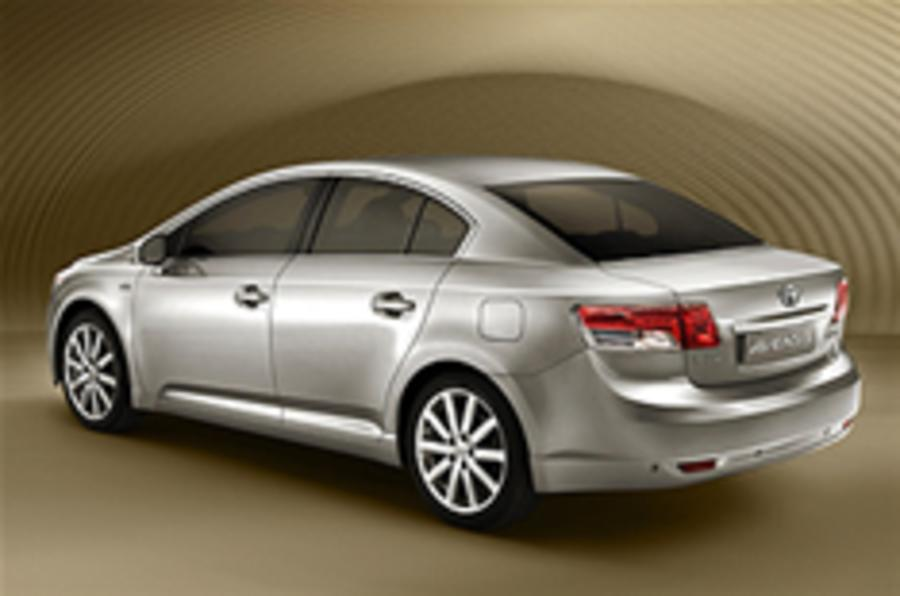 Revealed: Toyota Avensis