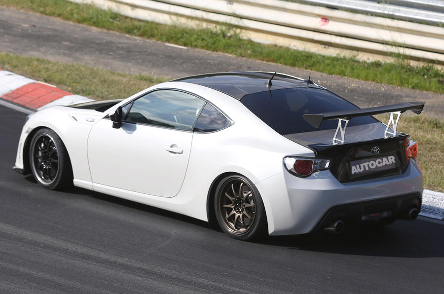 Toyota plans new lightweight, track-centered GT86
