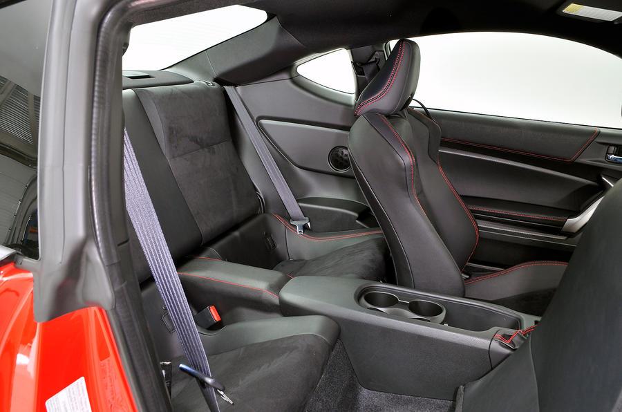 Toyota GT86 rear seats