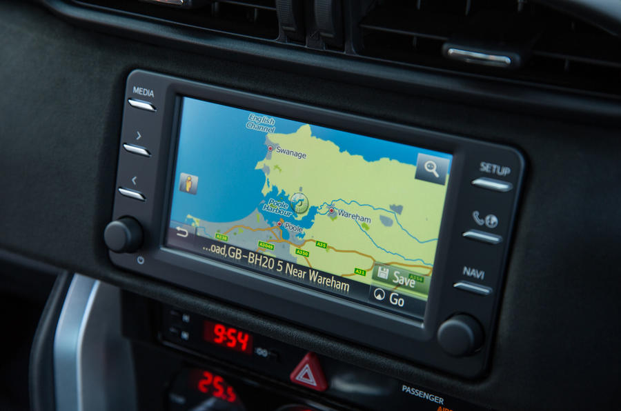 Toyota GT86 infotainment system