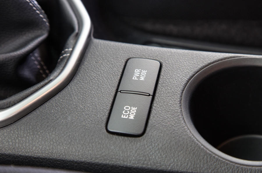 Toyota Hilux power modes