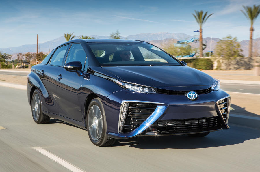 Hydrogen-powered Toyota FCV to be called Mirai for 2015 launch