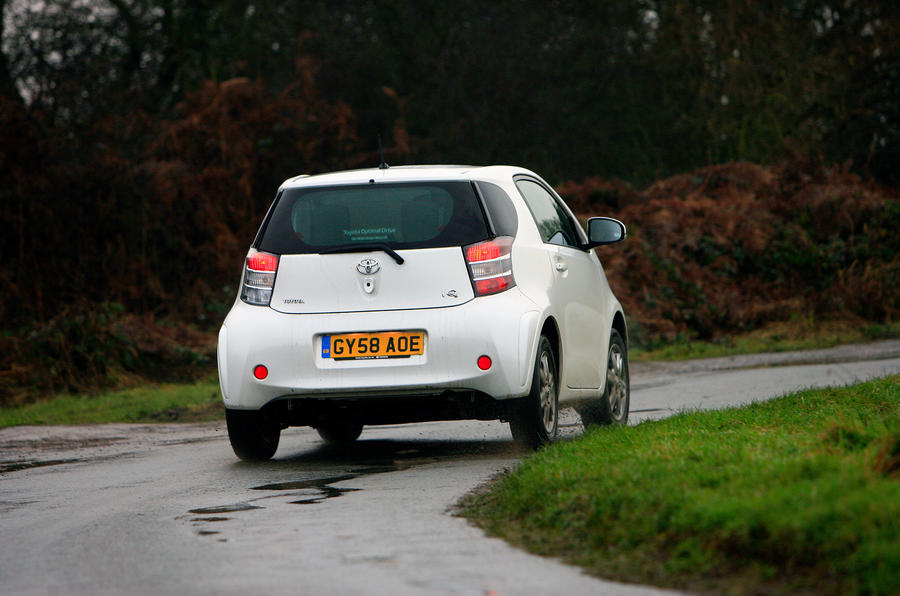 Toyota iQ rear cornering