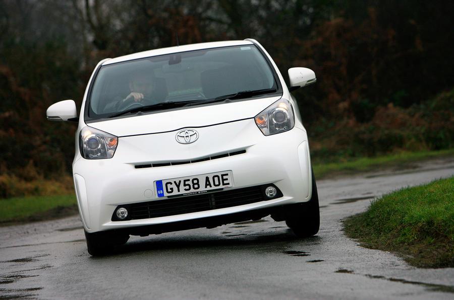 Toyota iQ cornering