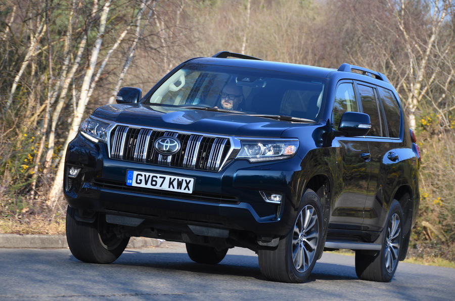 Toyota Land Cruiser 2018 review on the road