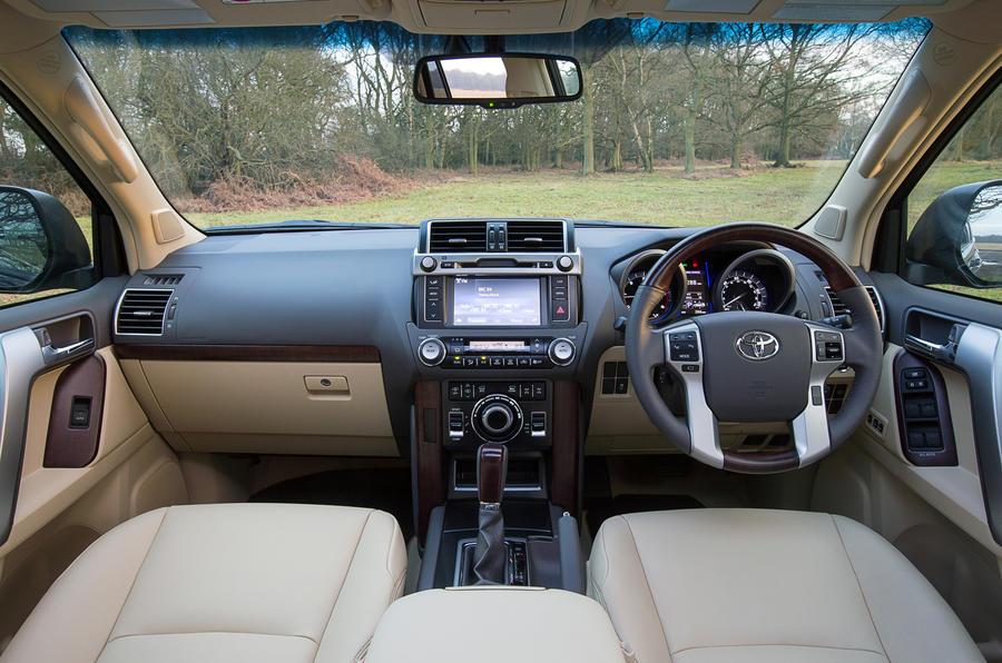 Toyota Land Cruiser dashboard