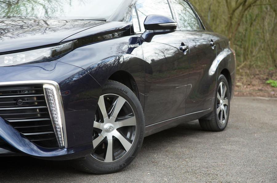 Toyota Mirai side profile