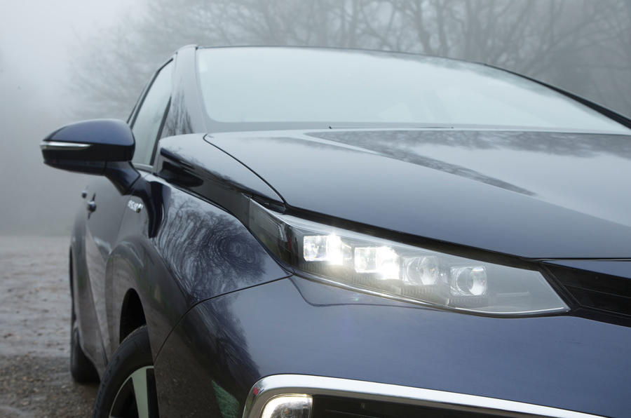 Toyota Mirai LED headlights