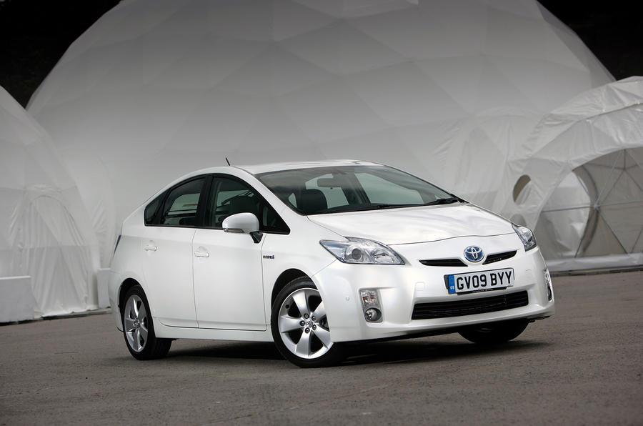 4 star Toyota Prius