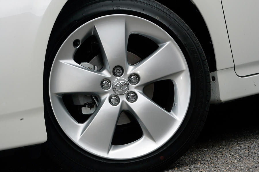 17in Toyota Prius alloy wheels