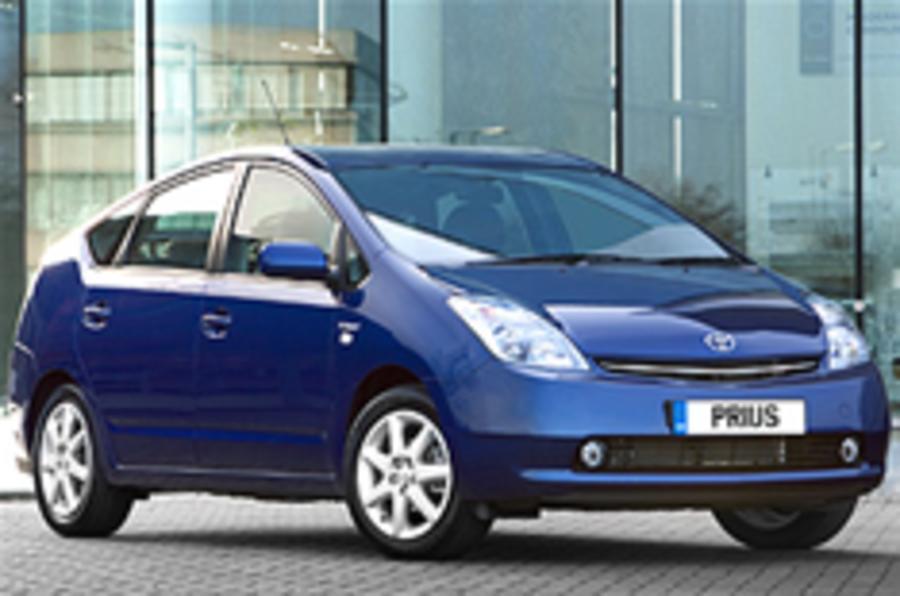 Scotland gets hybrid cabs