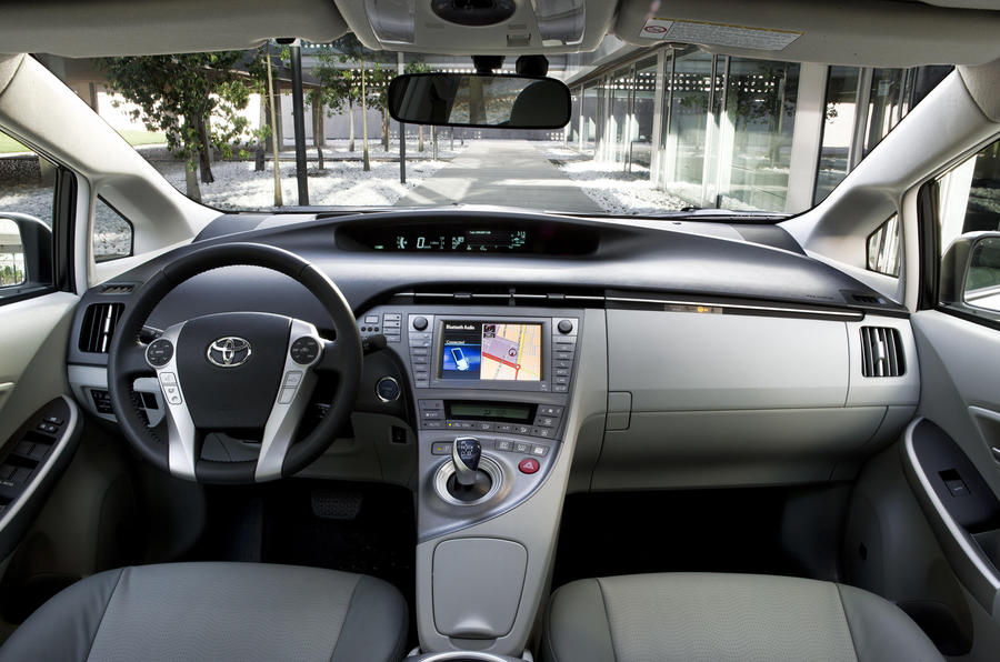 Facelifted Prius from £21,350