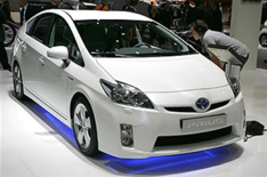 Prius prices dropped in Japan