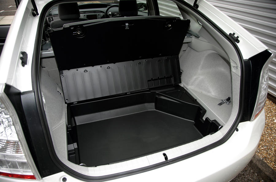 Toyota Prius extended boot space