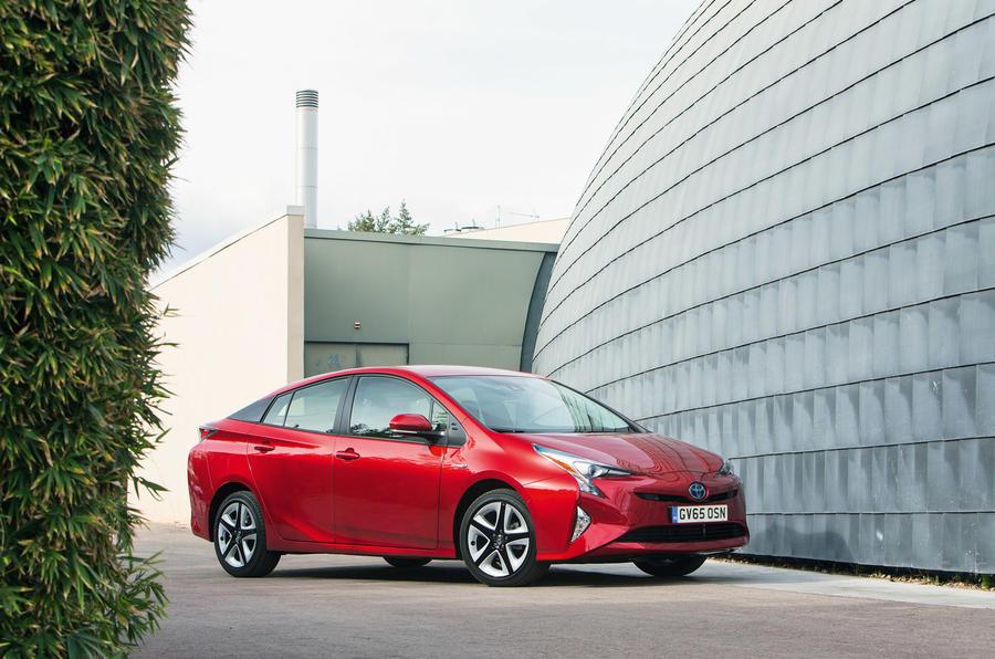 4 star fourth-generation Toyota Prius
