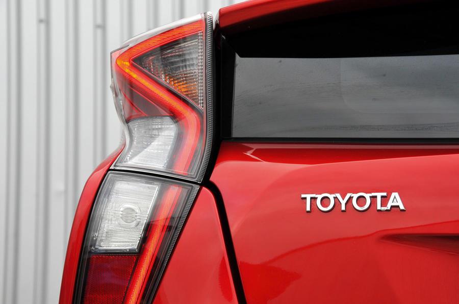 Toyota Prius brake lights