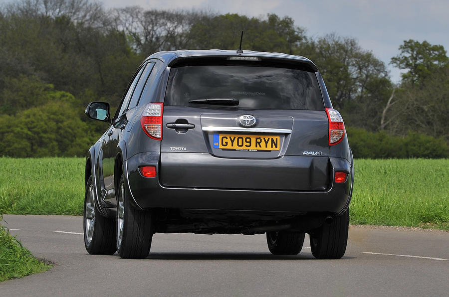 Toyota RAV4 rear cornering