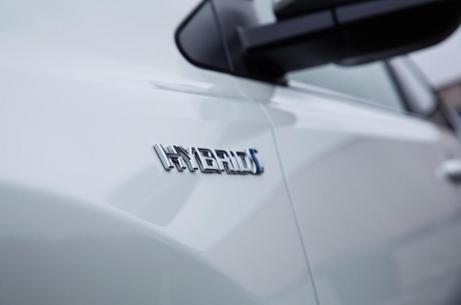 Toyota RAV4 hybrid badging