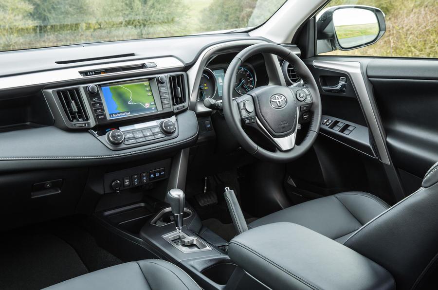 Audi Q5 Specs >> Toyota RAV4 Review (2017) | Autocar