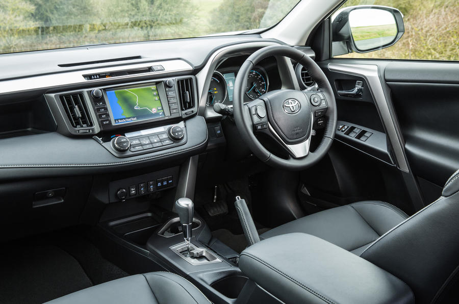 ... Toyota RAV4 Interior ...