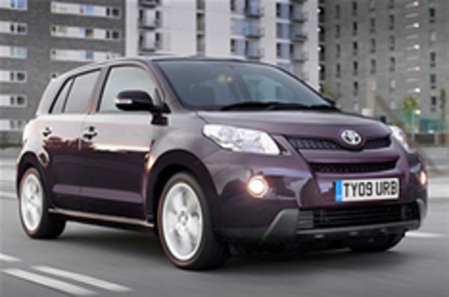 Toyota sets CO2 record