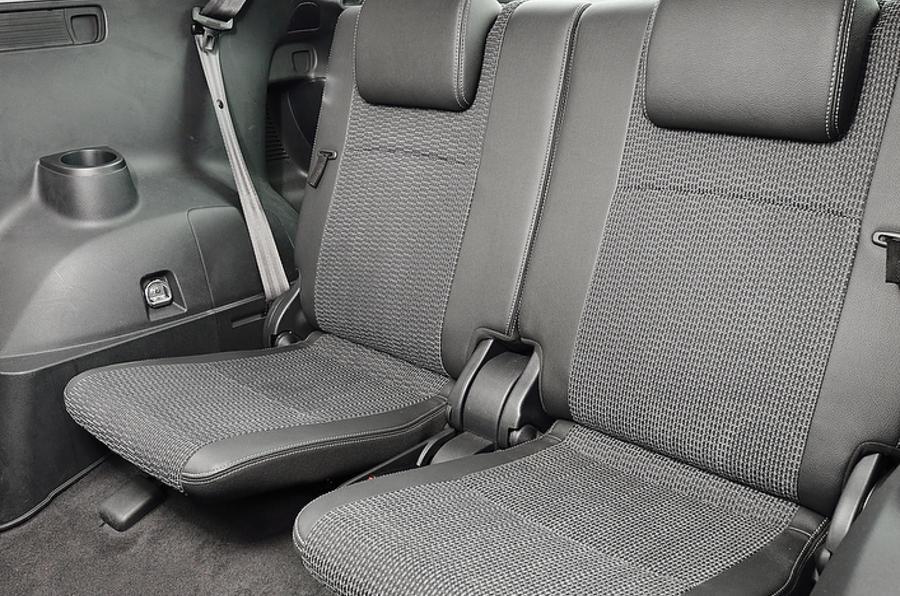 Toyota Verso third row seats