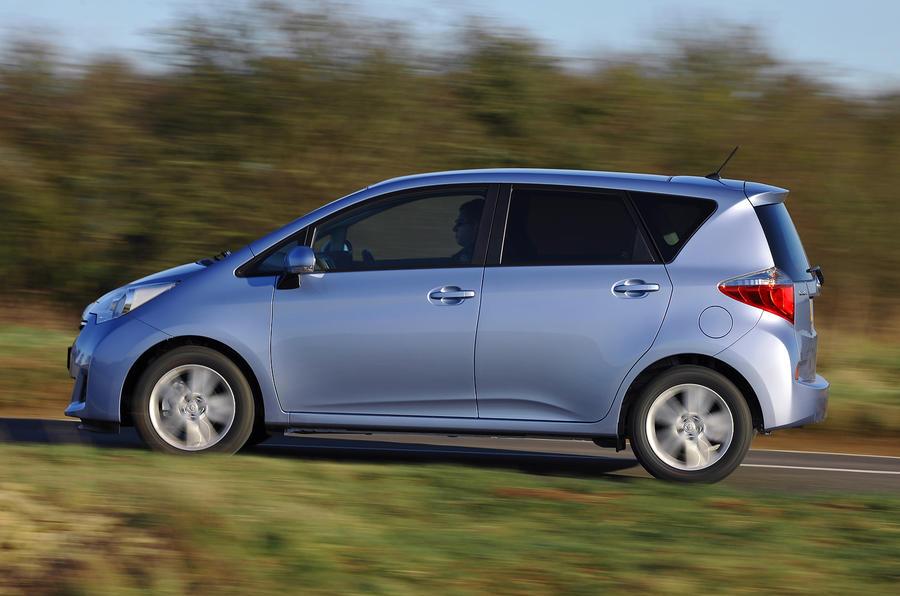 Toyota Verso-S side profile