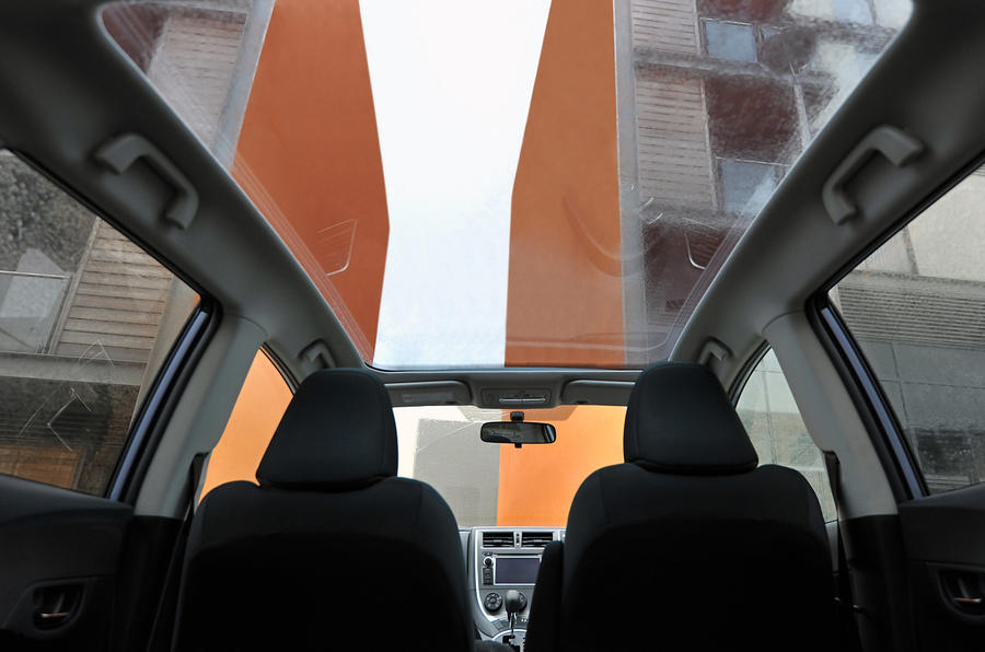 Toyota Verso-S panoramic roof