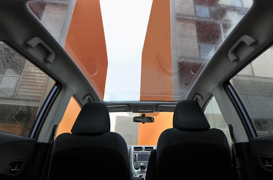 Toyota Verso-S panoramic roof