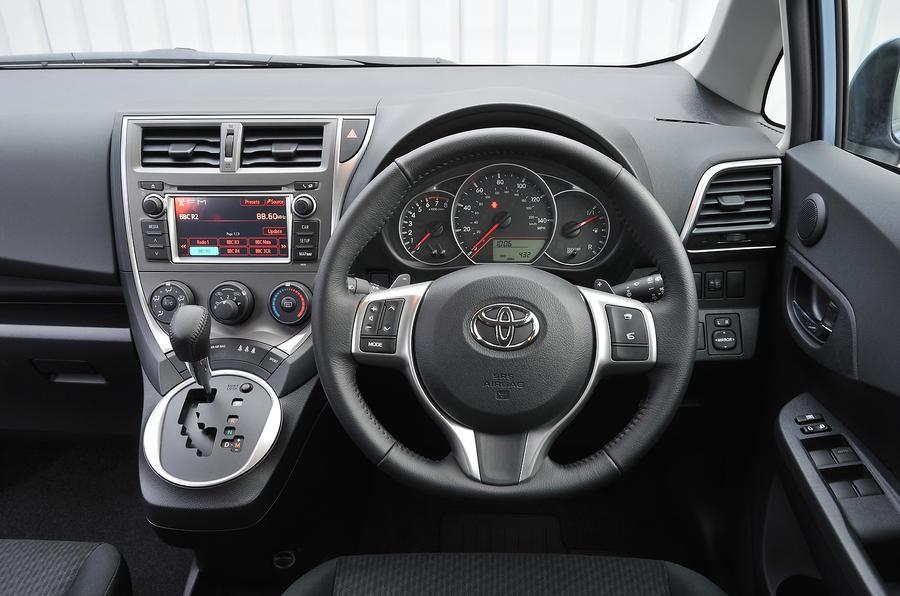 Toyota Verso S 2011 2013 Interior Autocar