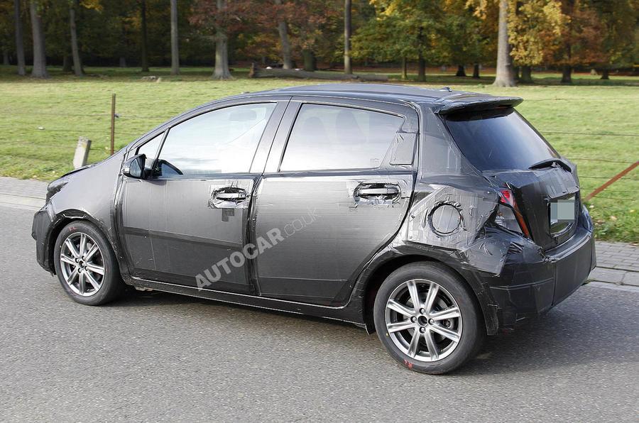 Next Toyota Yaris: new pics