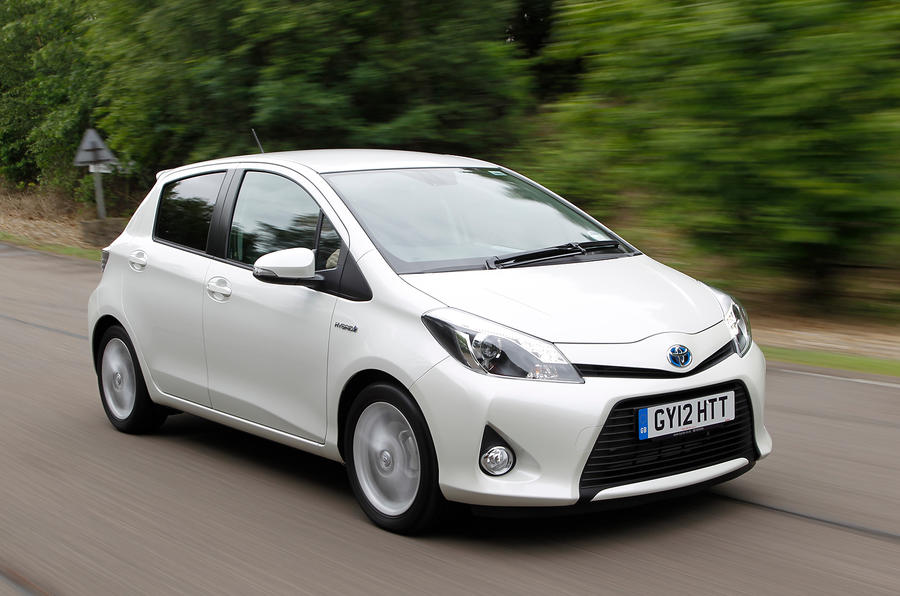 toyota yaris hybrid review autocar. Black Bedroom Furniture Sets. Home Design Ideas