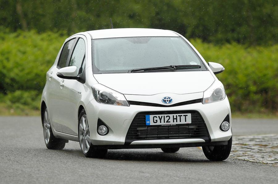 Toyota Yaris Hybrid cornering