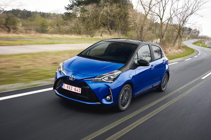 Toyota Yaris Hybrid front profile
