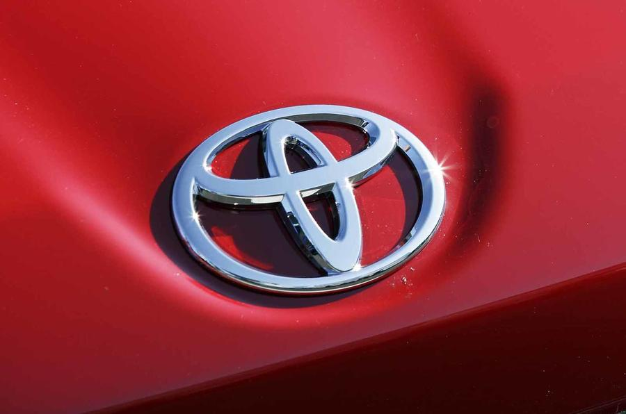 Toyota faces billion-dollar US settlement over acceleration defects