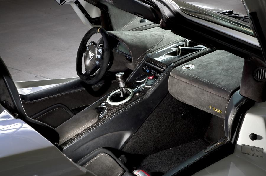 Tushek Renovatio T500 dashboard