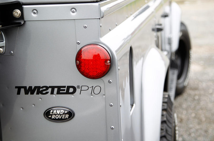 Twisted 110 Utility 3.2 Ultimate tailight