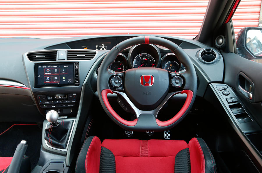 Honda Civic Type-R dashboard