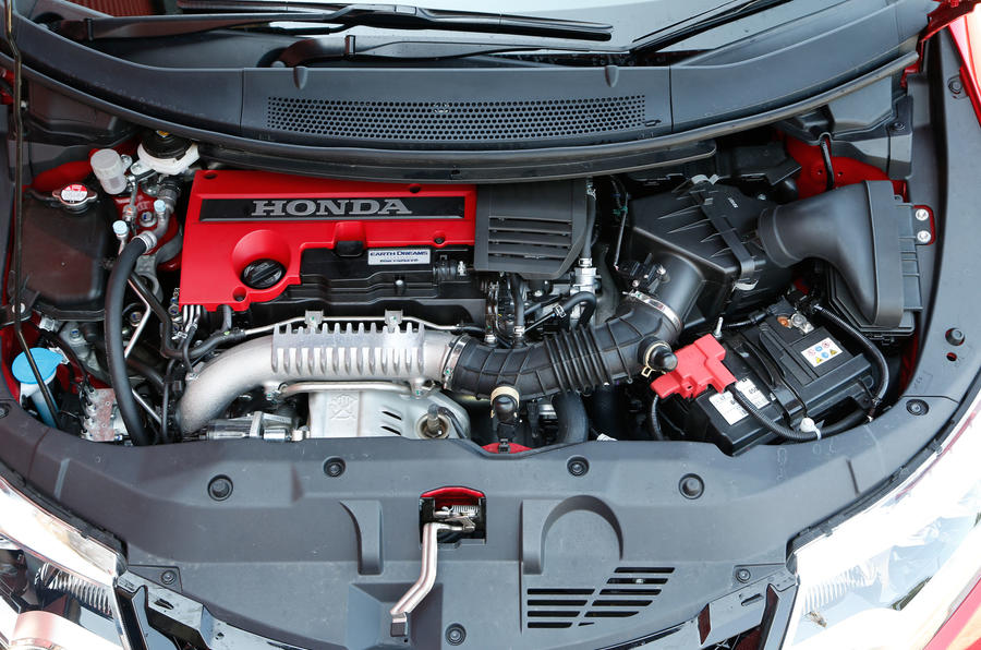 Its 2.0-litre turbocharged four-cylinder motor develops 306bhp at ...