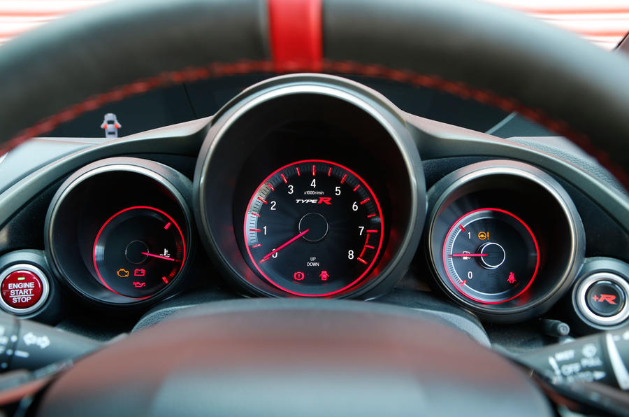 Honda Civic Type-R instrument cluster