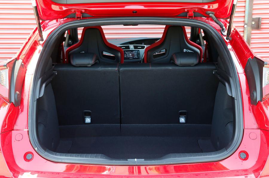 Honda Civic Type-R boot space