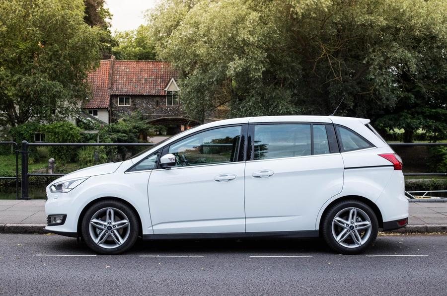 Ford Grand C-Max side profile
