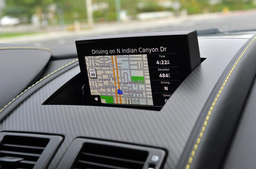Aston Martin V12 Vantage S infotainment