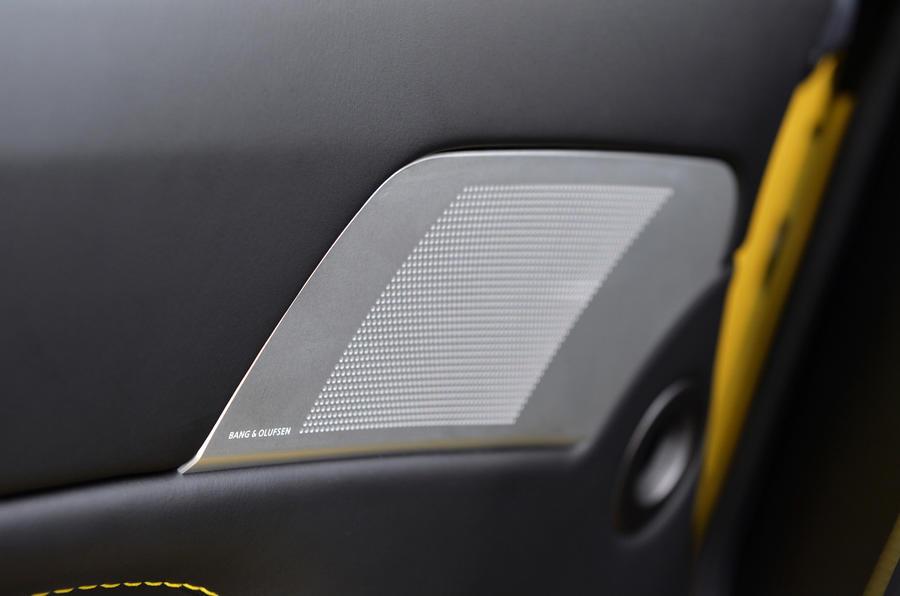 Bang&Olfsen Aston Martin stereo